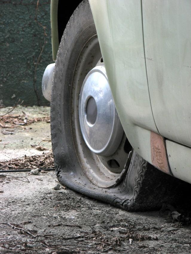 defekt, pneumatiky, oprava pneumatiky