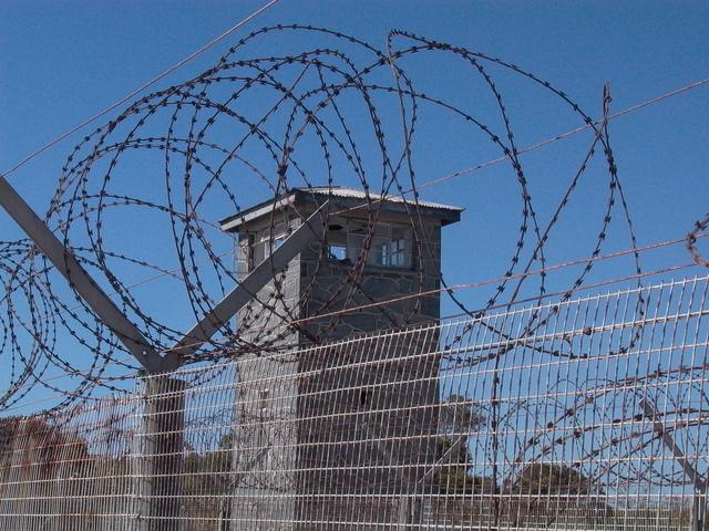 väzenie, trestný čin, sankcia
